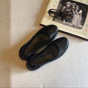 Born Leather Ballet Flats.